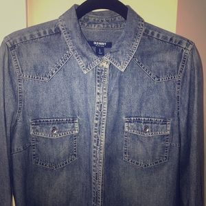 Vintage Old Navy 💯 cotton denim shirt Large